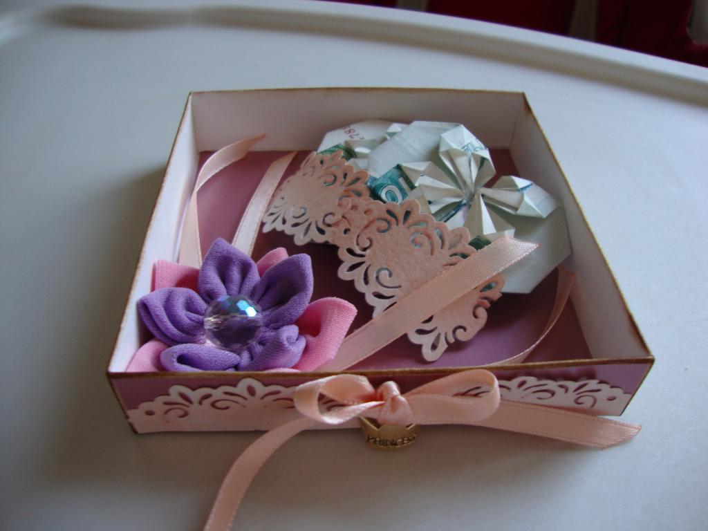 Сделать коробочку для сладостей своими руками 60