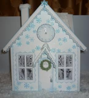 Домик для снегурочки своими руками